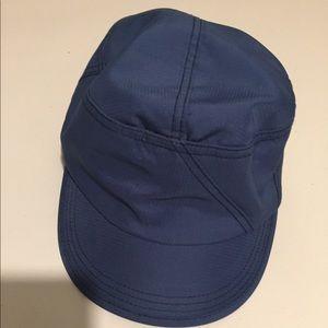 Lil blue hat